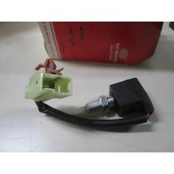 Prekidac-aktiviranje kvacila na pedali-Hyundai Elantra-Hyundai i30-Kia Carens III-Kia Cee'd-Kia Cerato-938402H100-938402D010-938402D000-14101